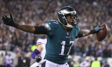 Jan 21, 2018; Philadelphia, PA, USA; Philadelphia Eagles wide receiver Alshon Jeffery (17) celebrates after scoring a touchdown against the Minnesota Vikings in the second quarter during the NFC Championship game at Lincoln Financial Field. Mandatory Credit: Geoff Burke-USA TODAY Sports